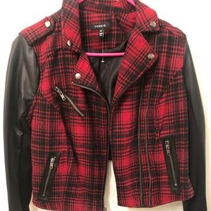 Torrid Red Plaid Jacket Size 00 brand new !!